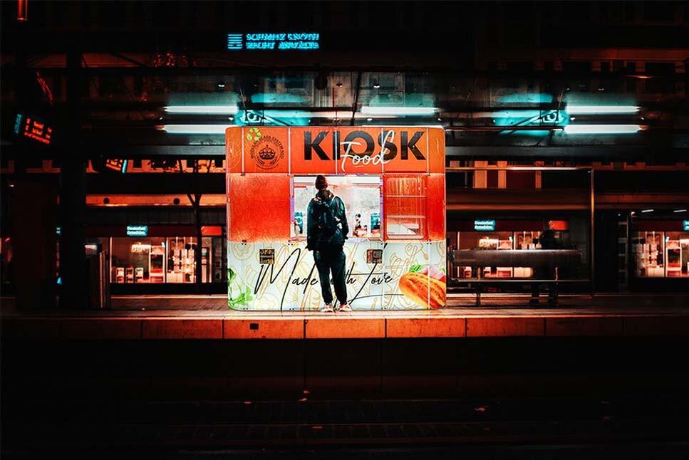 train stations kiosk